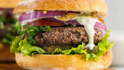 Easy-5-Ingredient-Veggie-Burgers-Sweet-Simple-Vegan-thumbnail.jpg