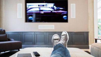 Fitness-watching-TV-THS.jpg