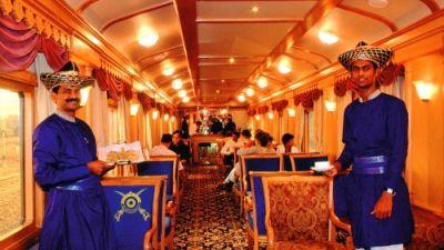 Luxury-Train-India.jpg