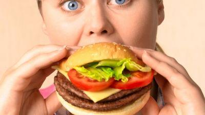 Woman-eating-a-burger.jpg