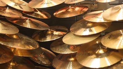 beginners-guide-cymbals-1.jpg