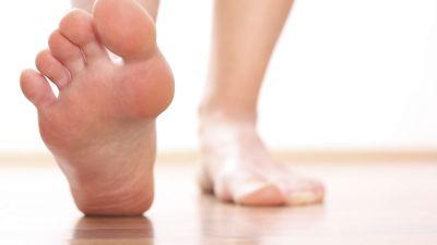 foot-care-feet-stretchiStock_000019391753_Medium.jpg