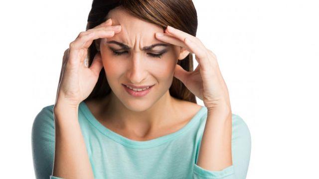 lady-with-headache.jpg
