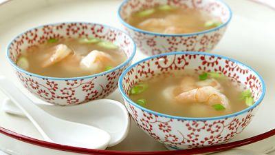 shrimp-rose-wine-soup-recipe-main.jpg