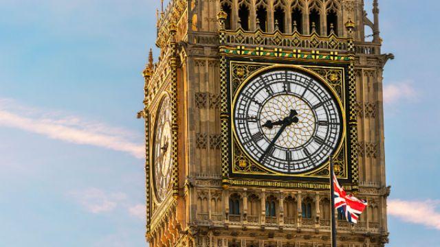 tower-clock-face-640.jpg