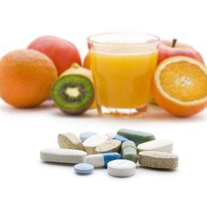 vitamins-supplements-or-food.jpg