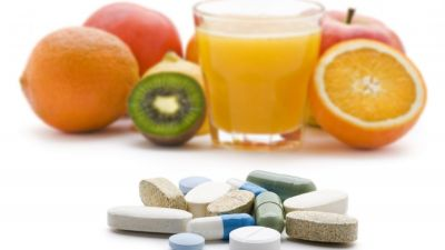 vitamins-supplements-or-food.jpg